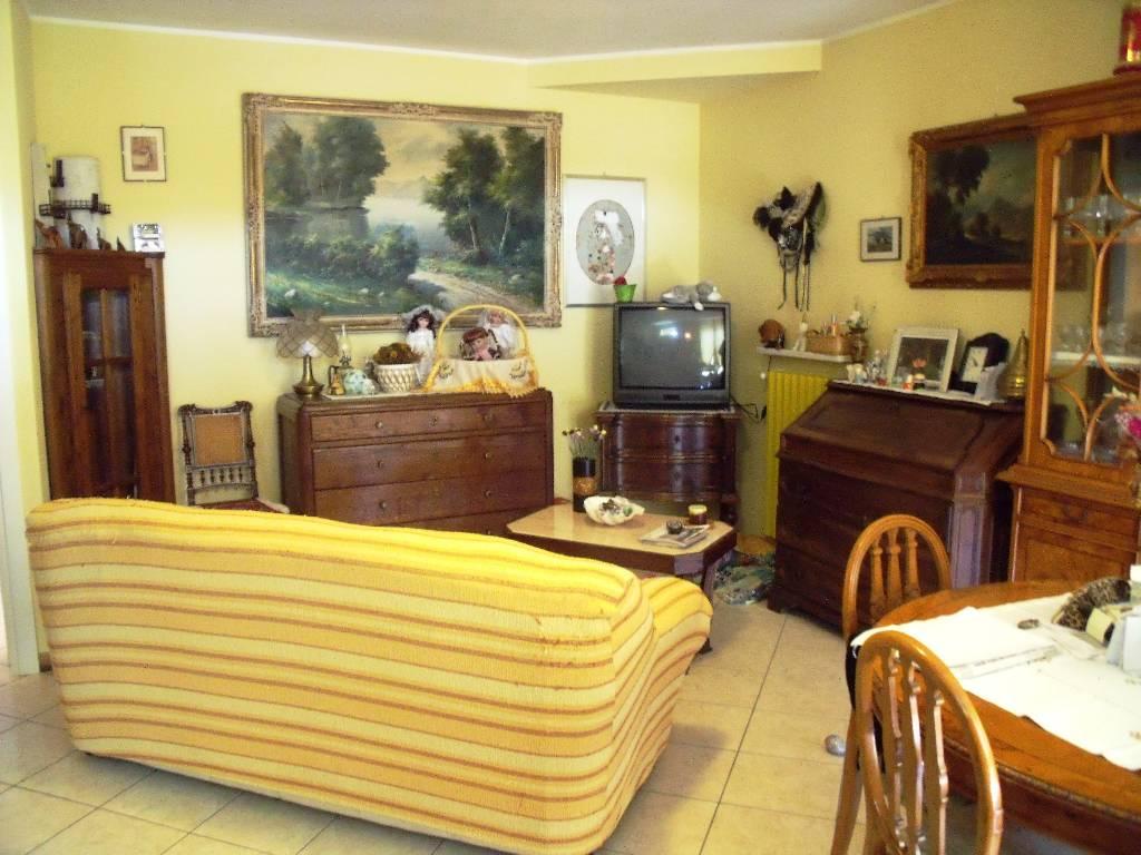 Villa in vendita a Gragnano Trebbiense, 4 locali, zona Zona: Gragnanino, prezzo € 299.000 | Cambio Casa.it