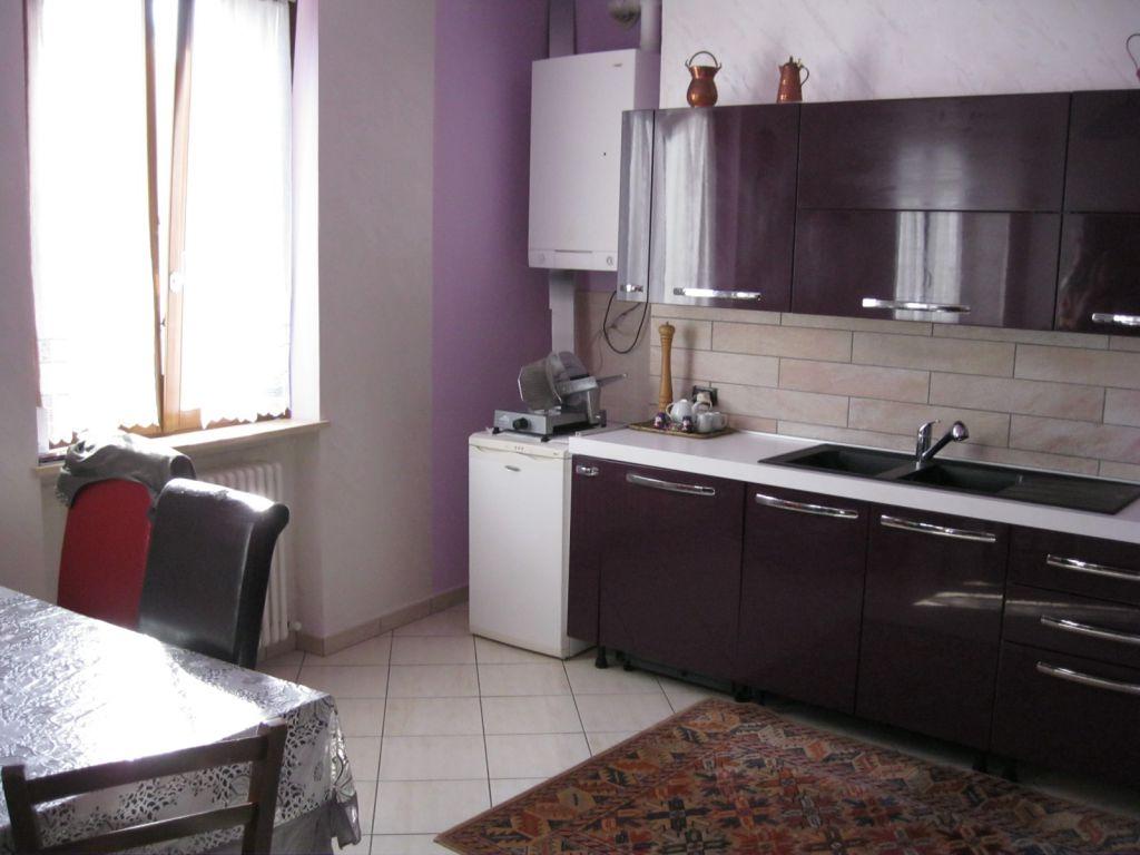 Appartamento in vendita a Vigolzone, 3 locali, zona Zona: Albarola, prezzo € 120.000 | Cambio Casa.it