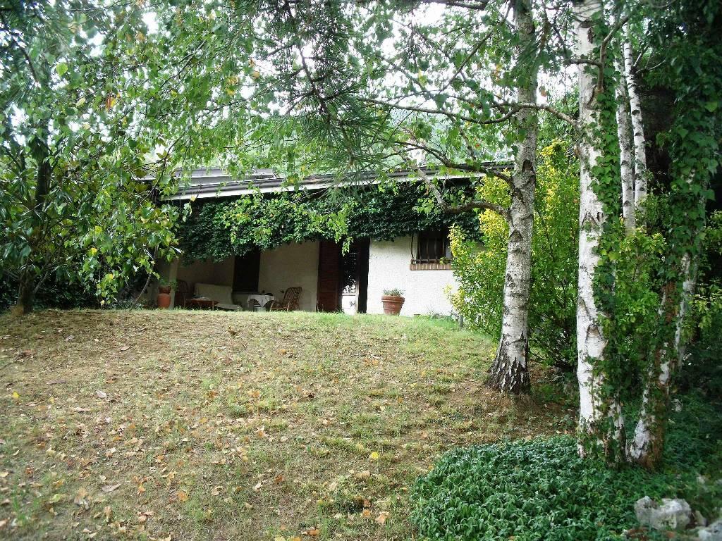 Villa in vendita a Travo, 4 locali, zona Località: BUELLI, prezzo € 209.000 | Cambio Casa.it