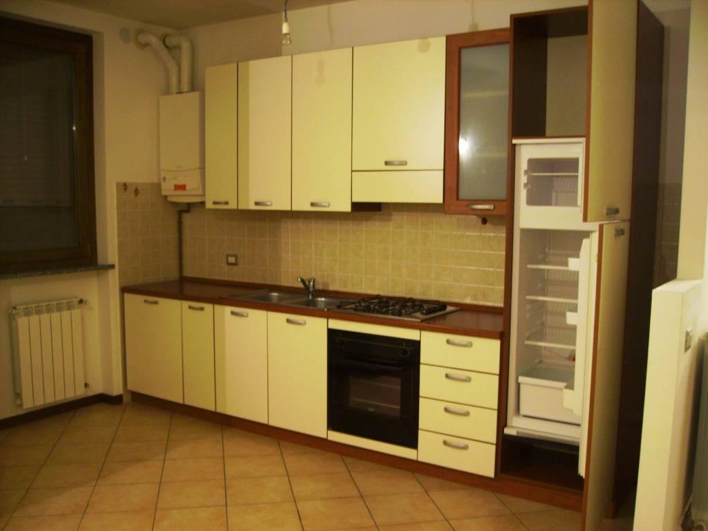 Appartamento in affitto a vigolzone piacenza rif for Affitto piacenza arredato