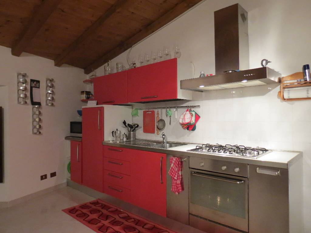 Appartamento in vendita a Gossolengo, 3 locali, zona Località: GOSSOLENGO, prezzo € 98.000 | Cambio Casa.it