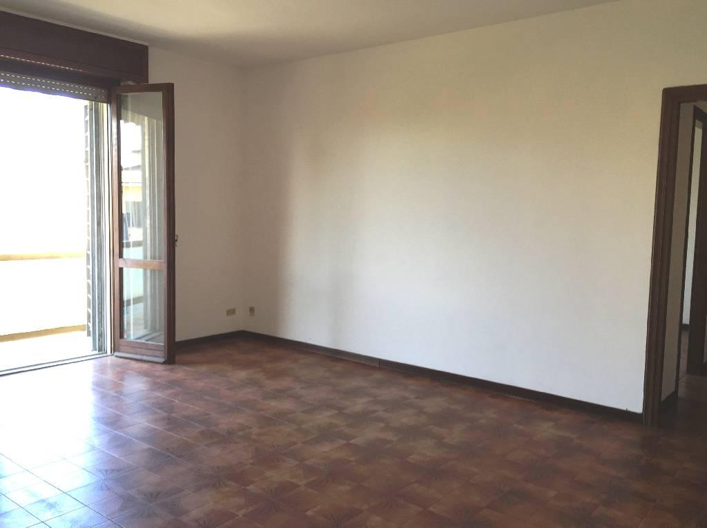 Appartamento in vendita a Gossolengo, 3 locali, zona Località: GOSSOLENGO, prezzo € 130.000 | Cambio Casa.it