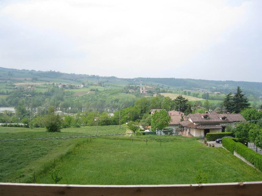 Villa in vendita a Rivergaro, 4 locali, zona Località: RIVERGARO, prezzo € 450.000 | Cambio Casa.it