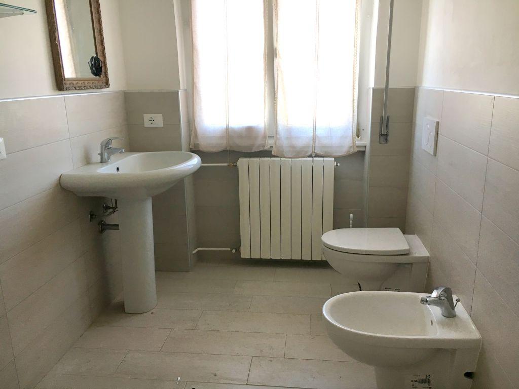 Appartamento in vendita a Gragnano Trebbiense, 3 locali, zona Località: GRAGNANO, prezzo € 105.000 | Cambio Casa.it