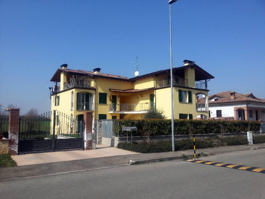 Appartamento in vendita a Vigolzone, 4 locali, zona Località: VIGOLZONE, prezzo € 195.000 | Cambio Casa.it