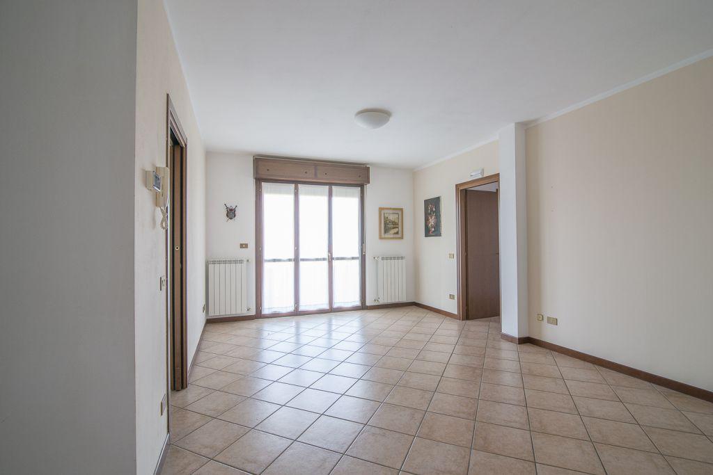 Appartamento in vendita a San Giorgio Piacentino, 3 locali, zona Località: SAN GIORGIO, prezzo € 142.000 | Cambio Casa.it