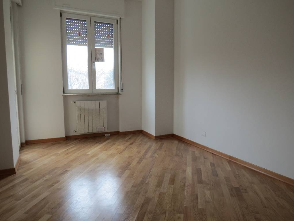 Appartamento in vendita a Piacenza, 3 locali, zona Località: ZONA STADIO, prezzo € 220.000 | Cambio Casa.it