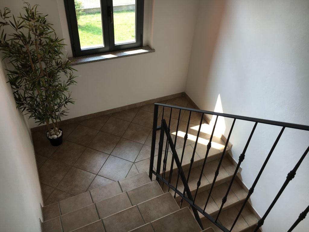 Appartamento in vendita a Gazzola, 4 locali, zona Zona: Gazzola, prezzo € 140.000 | Cambio Casa.it
