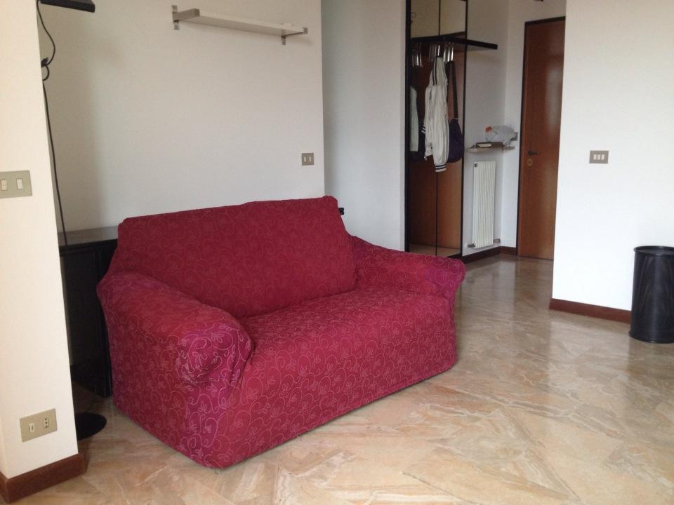 Bilocale Piacenza Via Pietro Cella 3