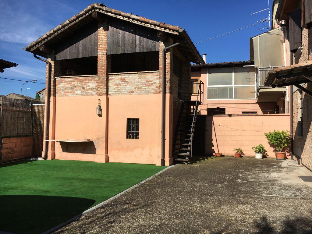 Rustico / Casale in vendita a Borgonovo Val Tidone, 3 locali, zona Zona: Mottaziana, prezzo € 150.000 | Cambio Casa.it