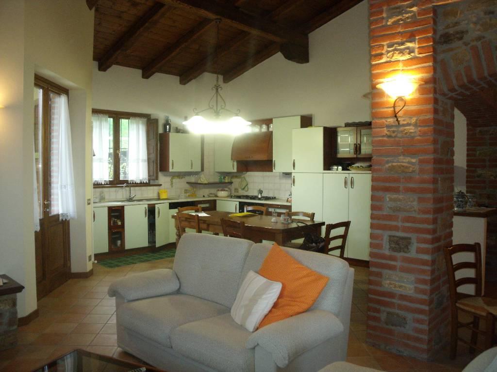Villa in vendita a Gazzola, 3 locali, zona Zona: Rezzanello, prezzo € 449.000 | Cambio Casa.it