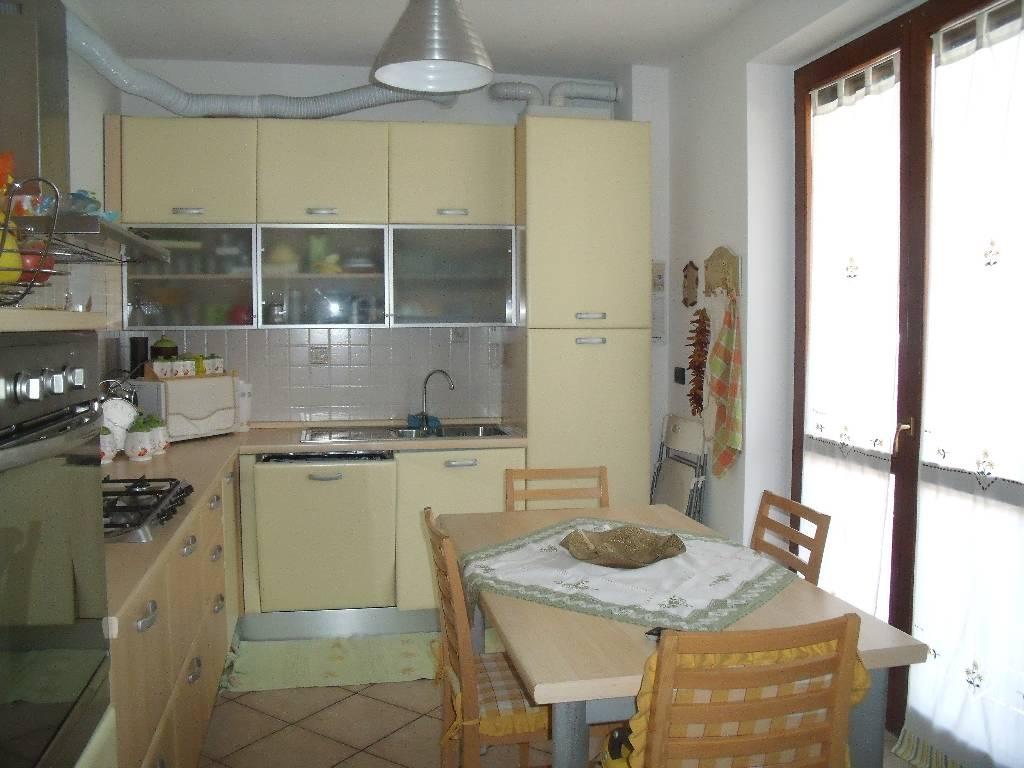 Bilocale Rottofreno Via Lampugnana 4
