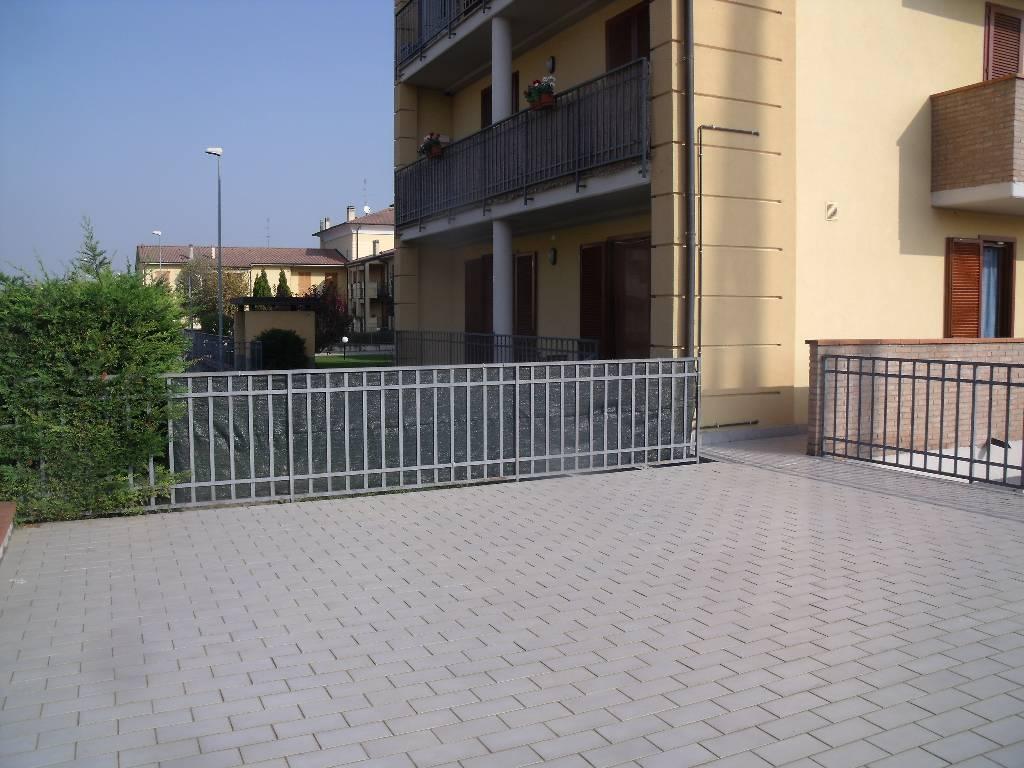 Bilocale Rottofreno Via Lampugnana 9
