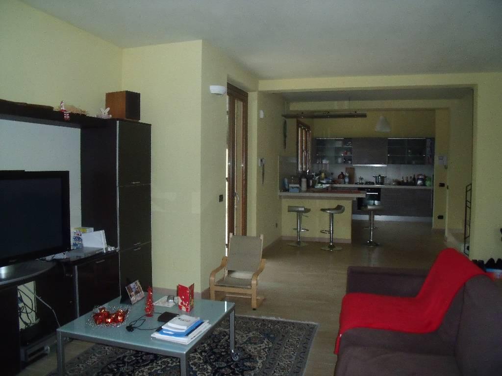 Villa in vendita a Gragnano Trebbiense, 4 locali, zona Località: SORDELLO, prezzo € 300.000 | Cambio Casa.it