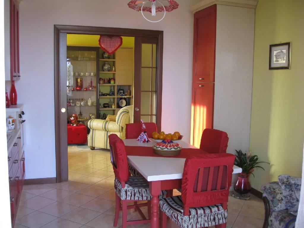 Appartamento in vendita a Podenzano, 3 locali, zona Località: PODENZANO, prezzo € 230.000 | Cambio Casa.it
