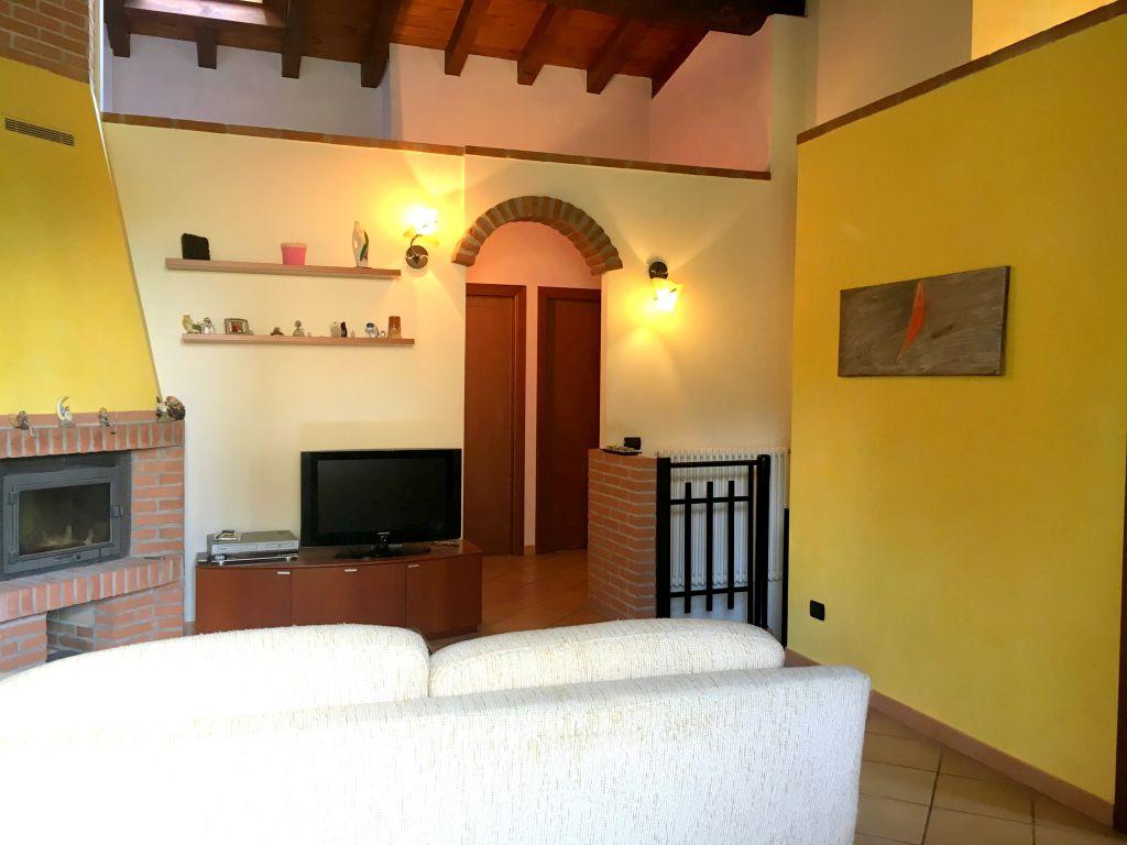 Villa in vendita a Rottofreno, 3 locali, zona Località: SAN NICOLO', prezzo € 198.000 | Cambio Casa.it