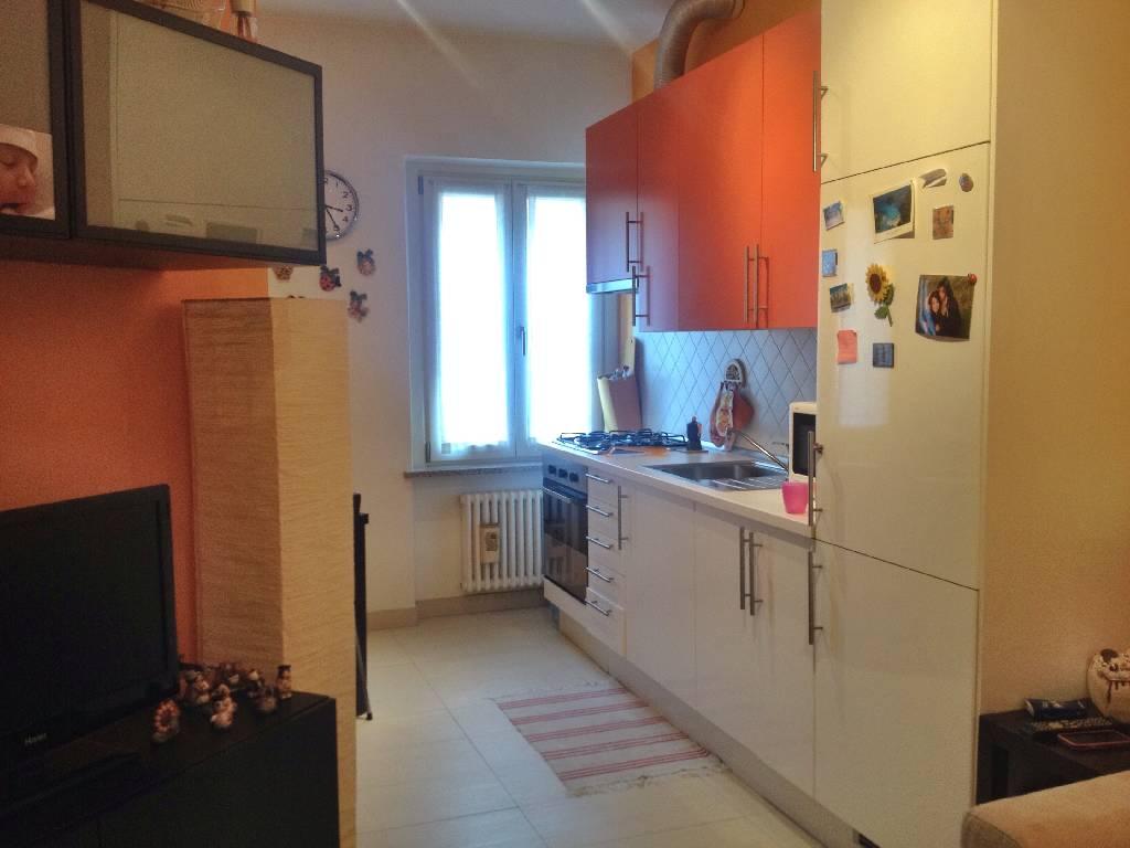 Appartamento in affitto a Piacenza, 2 locali, zona Località: CENTRO STORICO, prezzo € 450 | Cambio Casa.it
