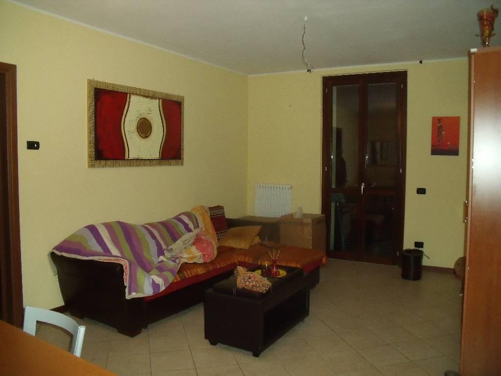 Appartamento in vendita a Sarmato, 3 locali, zona Località: SARMATO, prezzo € 160.000 | Cambio Casa.it