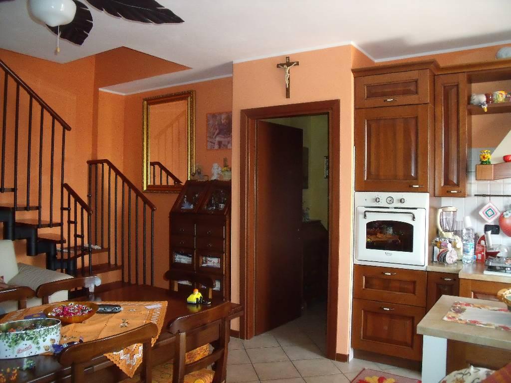Appartamento in vendita a Rottofreno, 4 locali, zona Località: GENERICA, prezzo € 185.000 | Cambio Casa.it