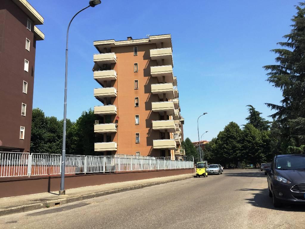 Appartamento in vendita a Piacenza, 3 locali, zona Località: ZONA STADIO, prezzo € 190.000 | Cambio Casa.it