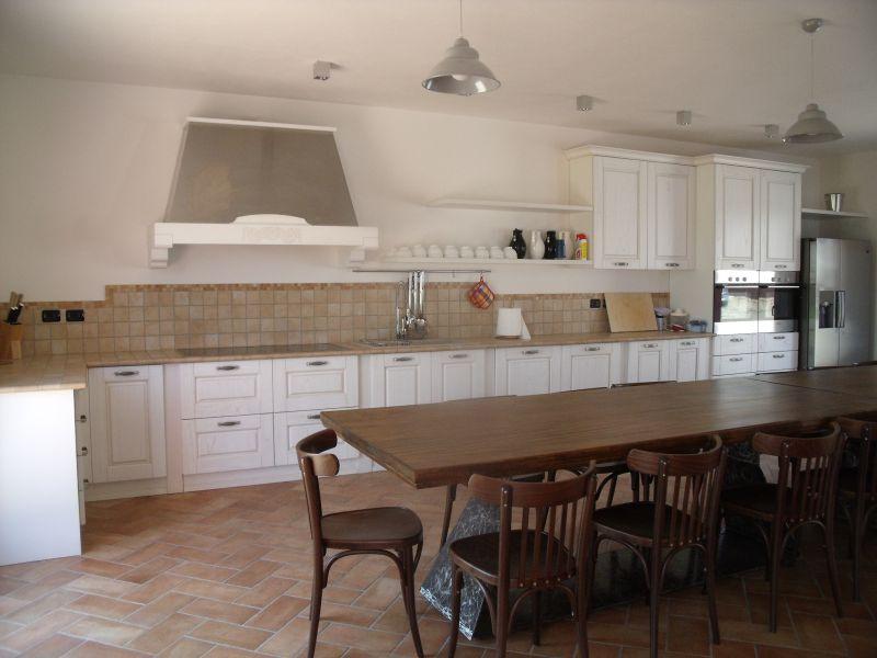 Soluzione Indipendente in vendita a Calendasco, 5 locali, zona Località: BOSCONE, prezzo € 300.000 | Cambio Casa.it