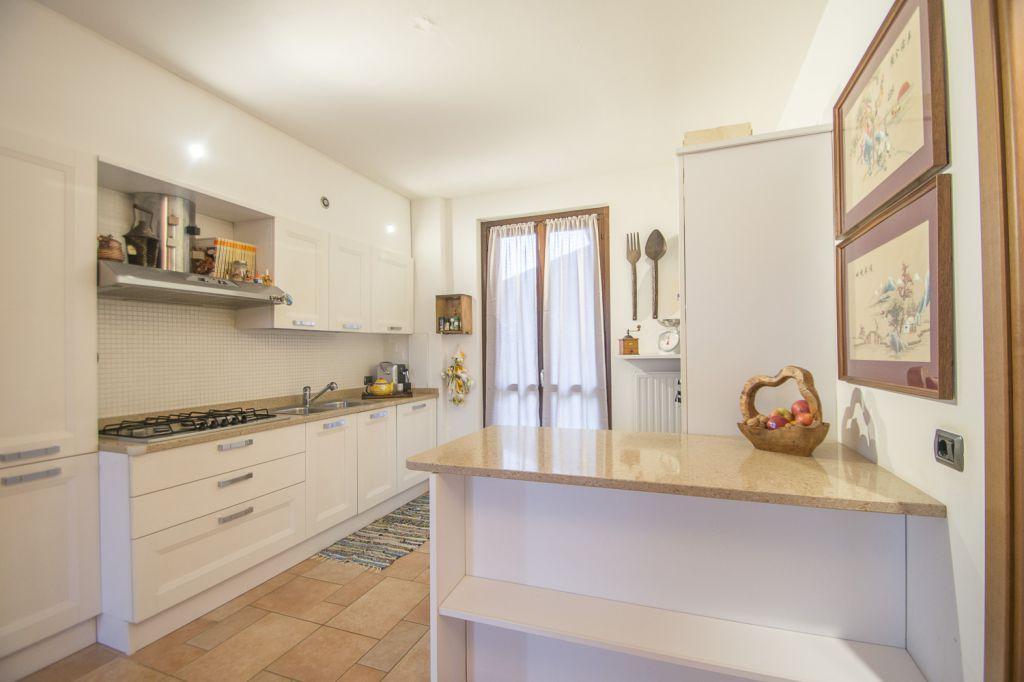 Villa in vendita a Piacenza, 4 locali, zona Località: GENERICA, prezzo € 218.000 | Cambio Casa.it