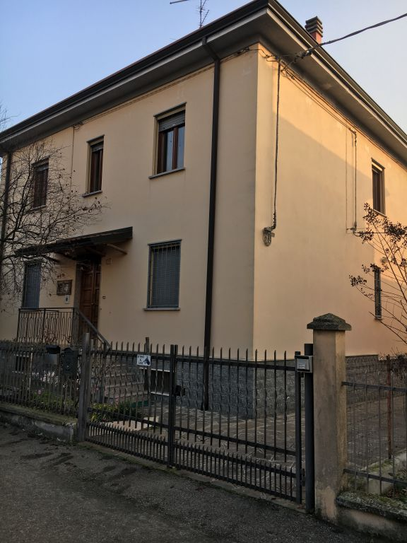 Appartamento in vendita a Rottofreno, 3 locali, zona Località: SAN NICOLO', prezzo € 125.000 | Cambio Casa.it
