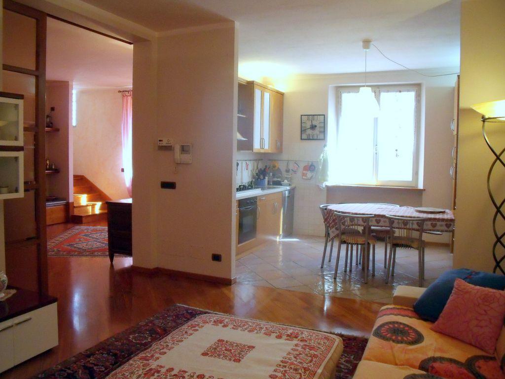 Villa in vendita a Piacenza, 4 locali, zona Località: INFRANGIBILE, prezzo € 420.000 | Cambio Casa.it