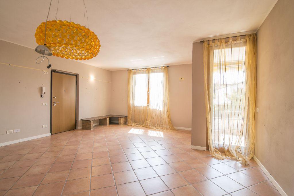 Appartamento in vendita a Gossolengo, 4 locali, zona Località: GOSSOLENGO, prezzo € 185.000   Cambio Casa.it