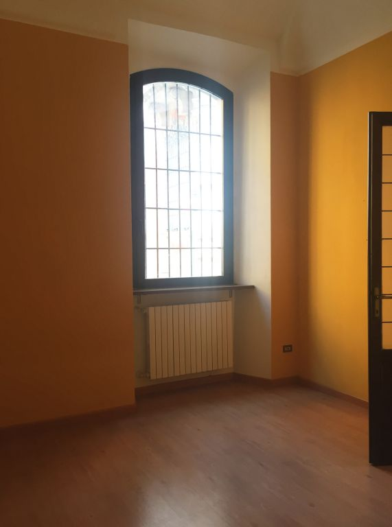 Bilocale Piacenza Via Mandelli 4