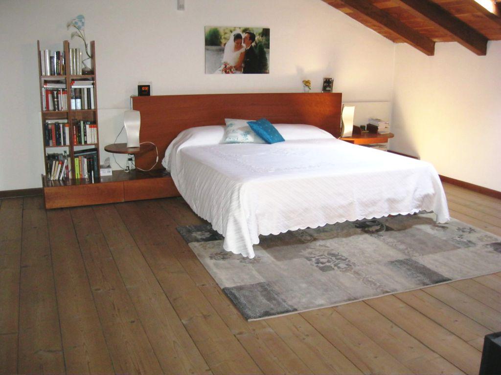 Villa in vendita a Piacenza, 4 locali, zona Località: MUCINASSO, prezzo € 250.000 | Cambio Casa.it