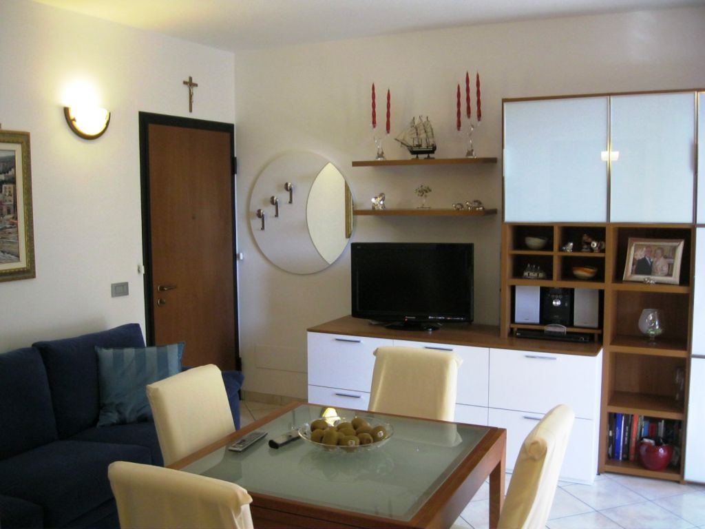 Appartamento in vendita a Pontenure, 2 locali, zona Località: PONTENURE, prezzo € 85.000 | Cambio Casa.it