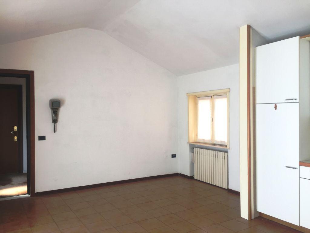 Bilocale Piacenza Via San Siro 2