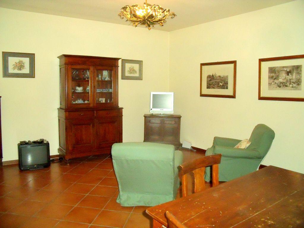 Appartamento in affitto a Calendasco, 3 locali, zona Località: CALENDASCO, prezzo € 450 | Cambio Casa.it