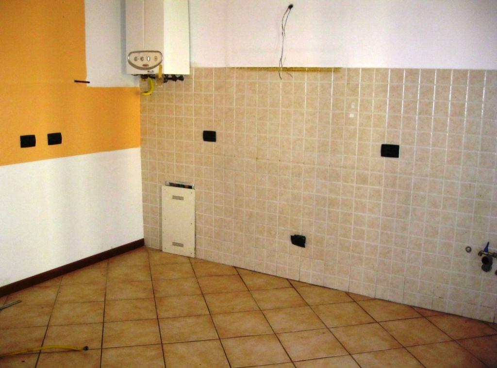 Appartamento in vendita a Podenzano, 3 locali, zona Località: PODENZANO, prezzo € 170.000 | Cambio Casa.it