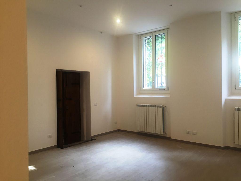 Ufficio / Studio in affitto a Piacenza, 3 locali, zona Località: CENTRO STORICO, prezzo € 600   Cambio Casa.it