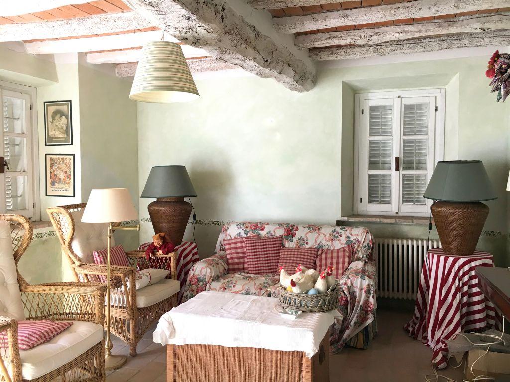 Rustico / Casale in vendita a Gragnano Trebbiense, 4 locali, zona Zona: Casaliggio, prezzo € 185.000 | Cambio Casa.it
