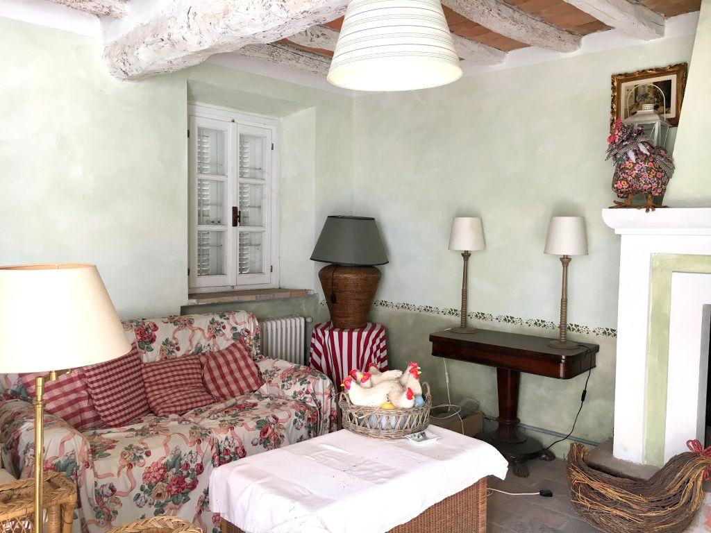 Rustico / Casale in vendita a Gragnano Trebbiense, 4 locali, zona Zona: Casaliggio, prezzo € 175.000 | Cambio Casa.it