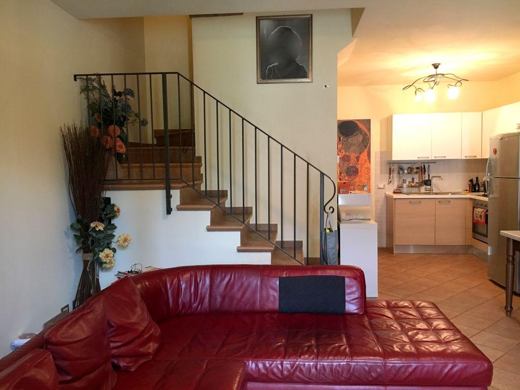 Villa in vendita a Gragnano Trebbiense, 3 locali, zona Zona: Casaliggio, prezzo € 140.000   Cambio Casa.it