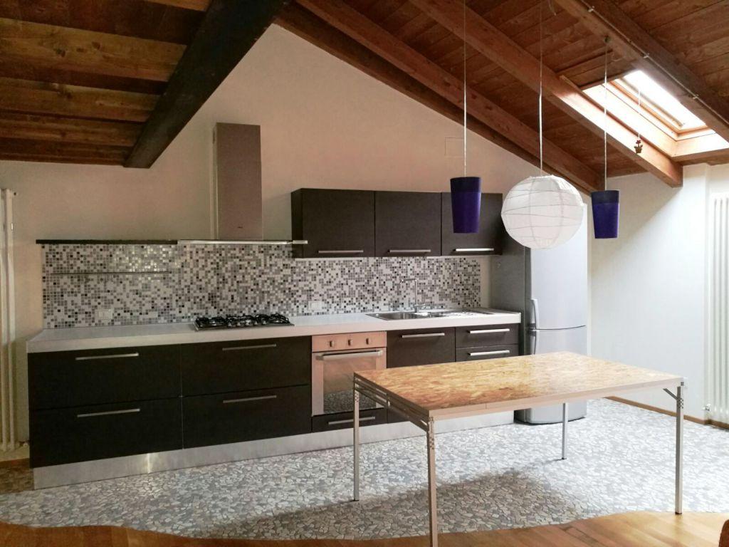 Appartamento in affitto a Piacenza, 2 locali, zona Località: ZONA STADIO, prezzo € 430 | Cambio Casa.it