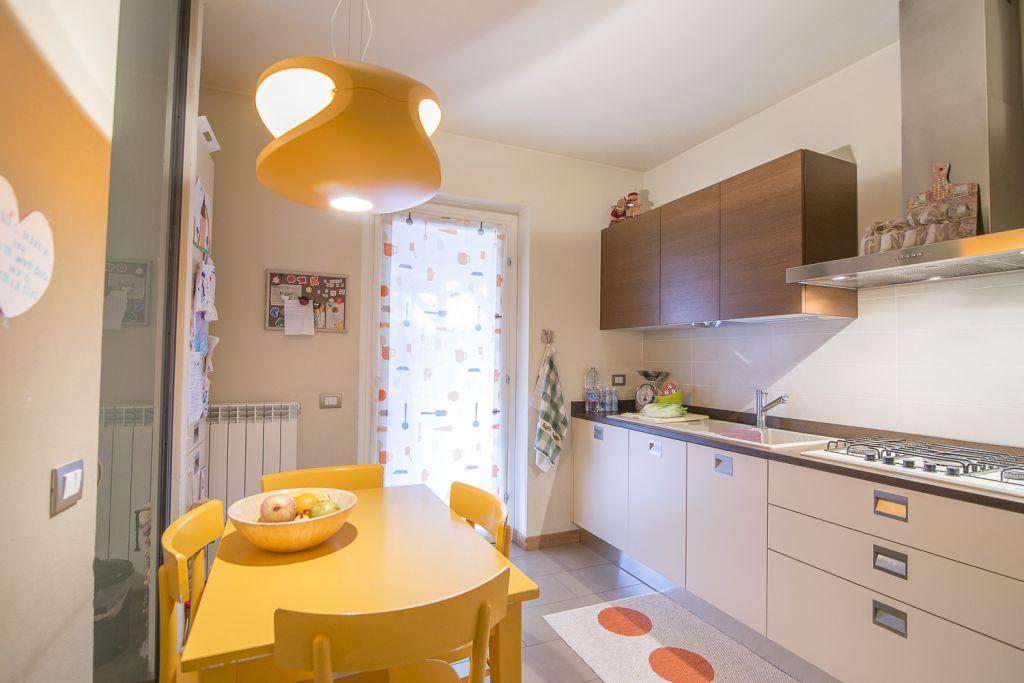 Villa in vendita a Piacenza, 4 locali, zona Località: GENERICA, prezzo € 340.000 | Cambio Casa.it