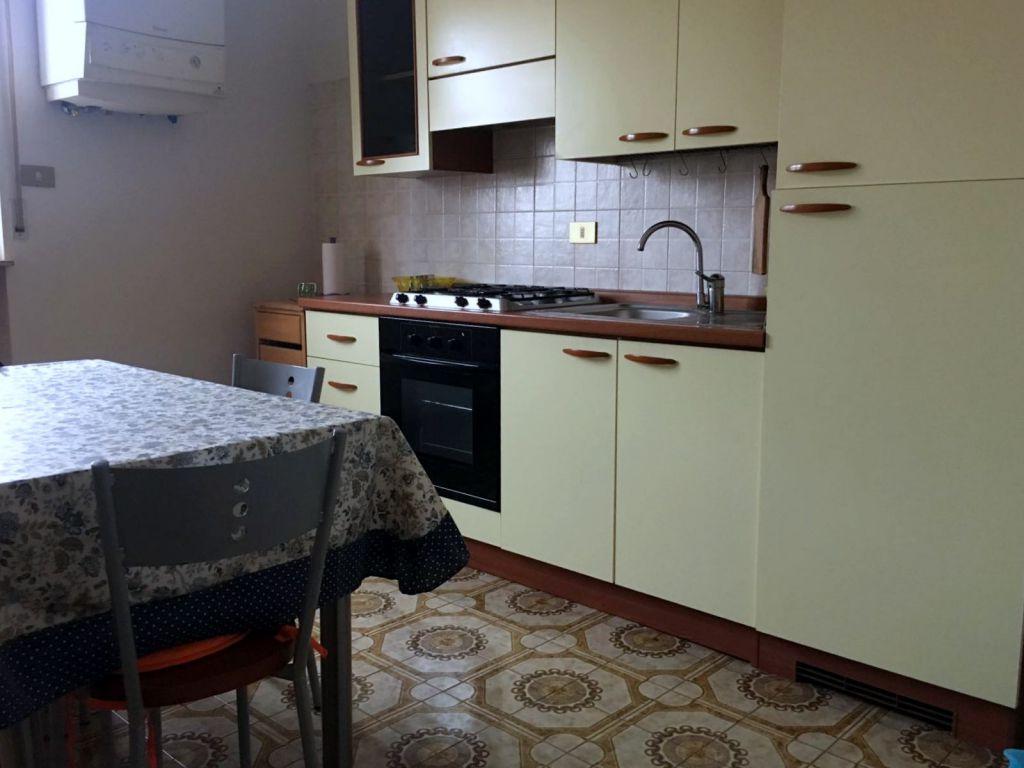 Appartamento in affitto a Piacenza, 1 locali, zona Località: FARNESIANA, prezzo € 370   Cambio Casa.it