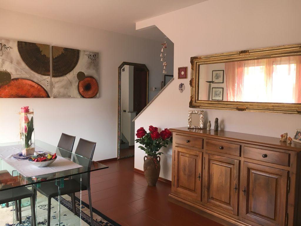 Villa a Schiera in vendita a Rottofreno, 4 locali, zona Località: SAN NICOLO', prezzo € 200.000 | Cambio Casa.it