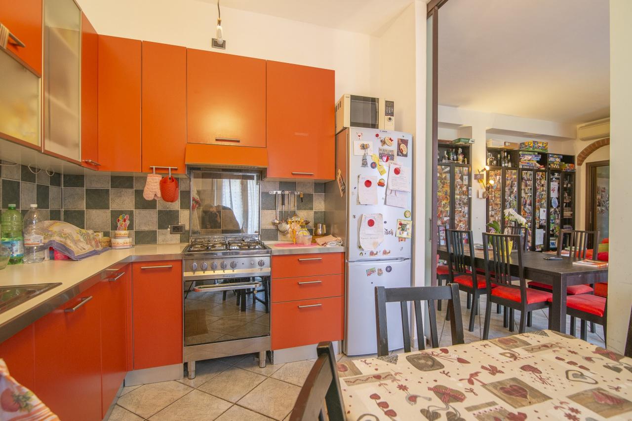 Appartamento ristrutturato in vendita Rif. 9990636