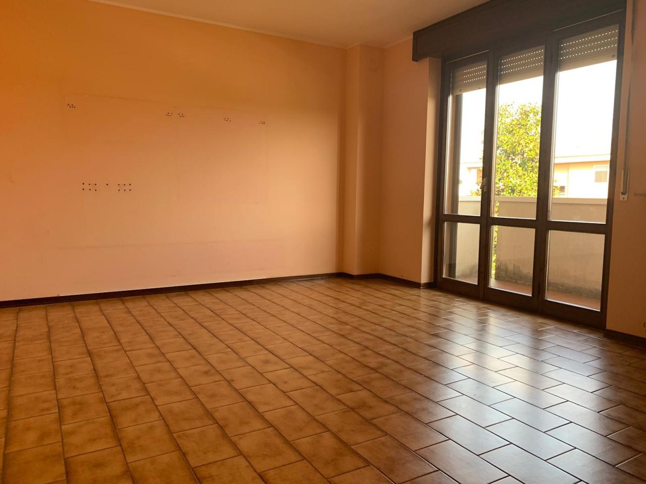 Appartamento in buone condizioni in affitto Rif. 10005288