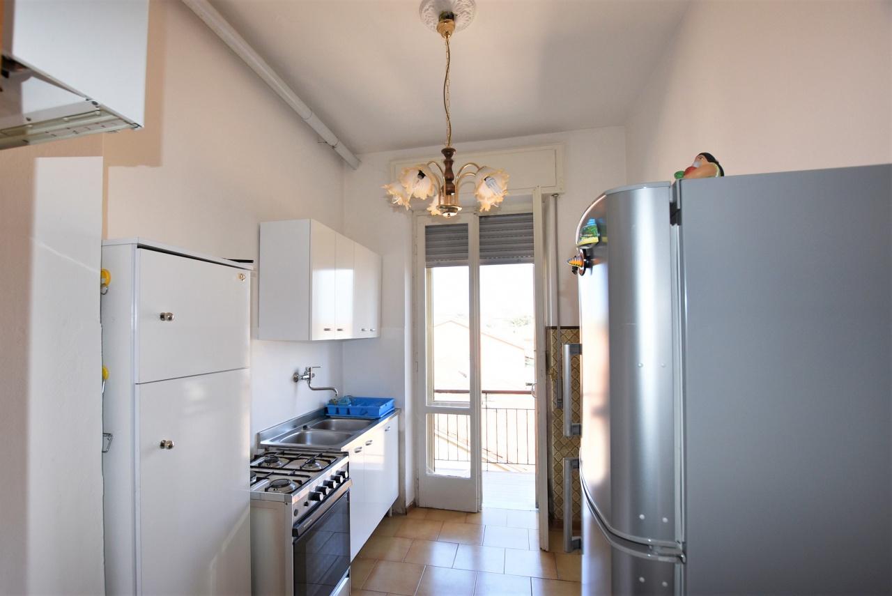 Appartamento da ristrutturare in vendita Rif. 10038162