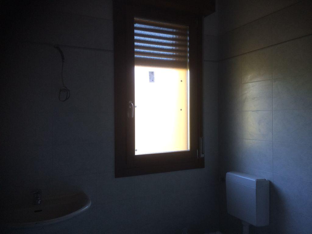 Appartamento in vendita a Bazzano, 4 locali, prezzo € 200.000 | CambioCasa.it