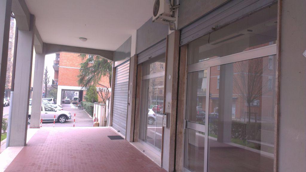 Negozio / Locale in vendita a Zola Predosa, 1 locali, zona Località: Zola Predosa, prezzo € 55.000 | Cambio Casa.it