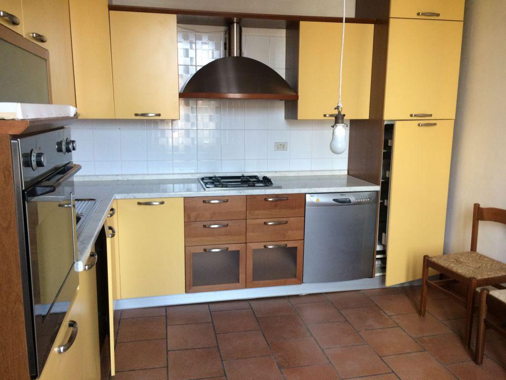 Appartamento in affitto a Savignano sul Panaro, 4 locali, prezzo € 650 | Cambio Casa.it