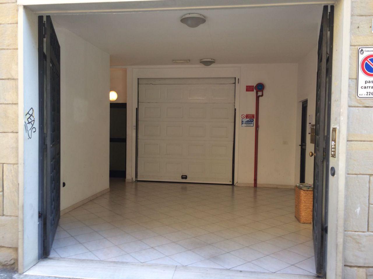 Box / Garage in affitto a Bologna, 9999 locali, zona Località: CENTRO STORICO, prezzo € 400 | Cambio Casa.it